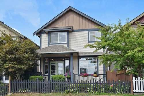 6608 195th St , Surrey Real Estate